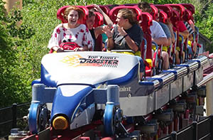 Top Thrill Dragster train