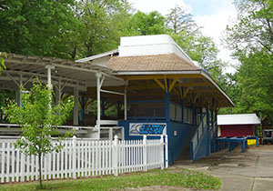 Blue Streak's station side-on